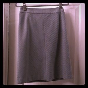 Ann Taylor gray skirt, fully lined. Size 4